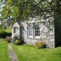 Rowantree Cottage.jpg